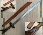 Kampilan_moro_sword_with_sheath